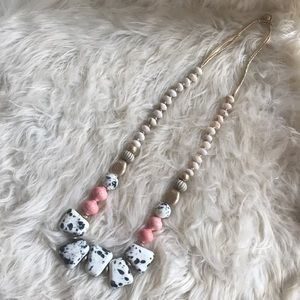 🆕NWT Anthropologie handmade beaded necklace